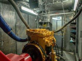 Silnik spalinowy Liebherr na hamowni silnikowej